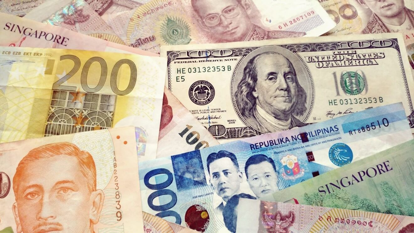 Thai Baht currency control mulled by central bank
